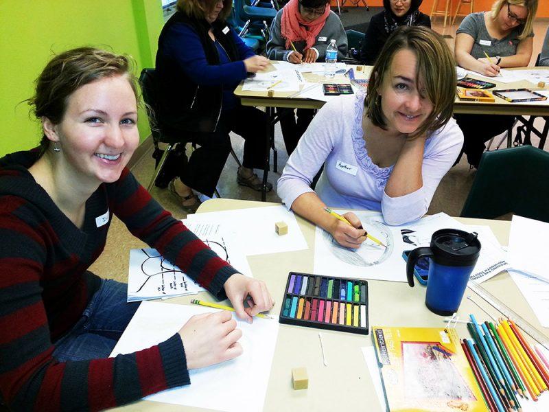 Women posing for art classes apologise